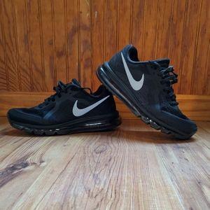 Nike Men AirMax 2017 Size 10